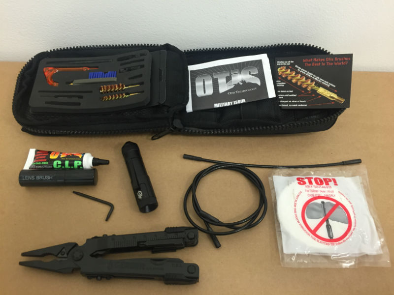 OTIS Weapon Cleaning Kit 7.62mm Reinigung Set with GERBER Multitool BW.